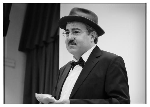 Bernardo Soares en el IES. Príncipe Felipe. Noviembre 2017. Fotografía de José Luis Pérez Fuente retocada.