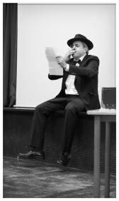 Álvaro de Campos en el IES. Príncipe Felipe. Noviembre 2017. Fotografía de José Luis Pérez Fuente retocada.